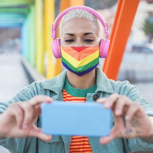 LGBTQ+ Identity Management on Social Media (1 CE)